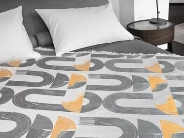 Cotton blanket with graphic pattern JAY