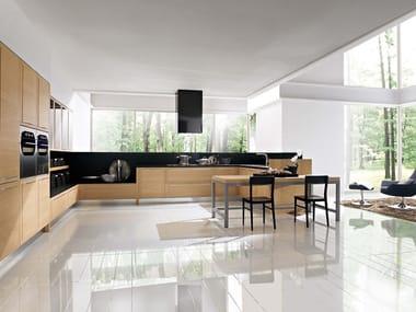 Ergonomische Küche aus Holz mit Griffe QUADRA | Ergonomische Küche ...