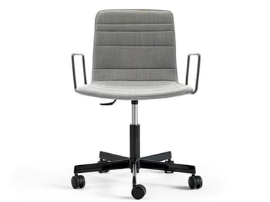 Fabric office chair with armrests with castors KLIP | Office chair