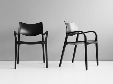Sedia impilabile in compensato con braccioli LACLASICA | Sedia con braccioli