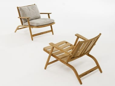 Folding teak deck chair with armrests LEVANTE 007