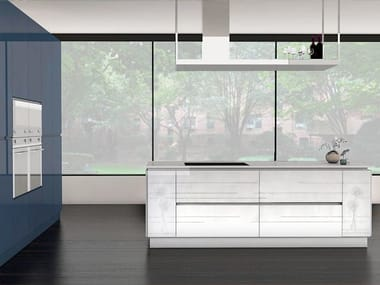 Lacquered kitchen with island LINEE