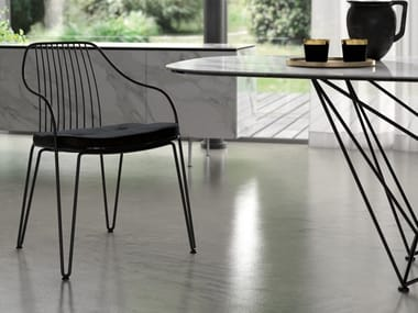 Metal chair with armrests LIRA