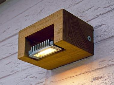 Lampada da parete per esterno a luce diretta in teak LOG WALL