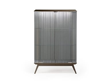 Display cabinet with integrated lighting LONDON | Display cabinet
