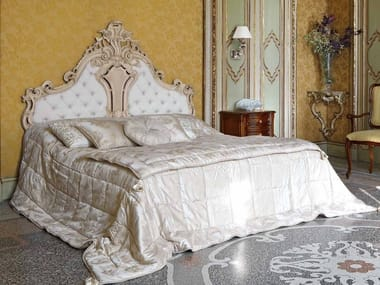 Silk double bed with tufted headboard LOUIS XV | Bed