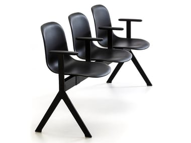 Freestanding beam seating with armrests MÁNI PLASTIC BE | Beam seating with armrests