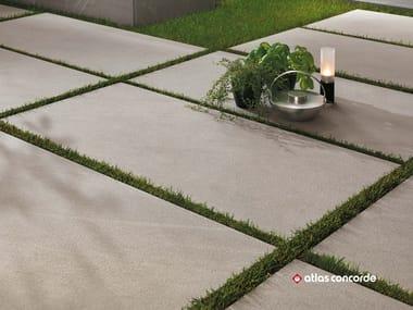 Pavimento per esterni in gres porcellanato effetto pietra MARVEL STONE FLOOR | Pavimento per esterni effetto pietra