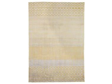 Handmade rectangular rug MASALA