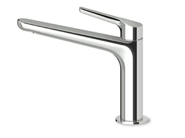Countertop brass washbasin mixer with aerator MEDAMEDA ZMM714