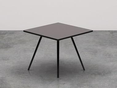 Square meeting table MEETY | Square meeting table