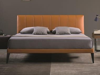 Cama tapizada doble de cuero MEGAN | Cama de cuero
