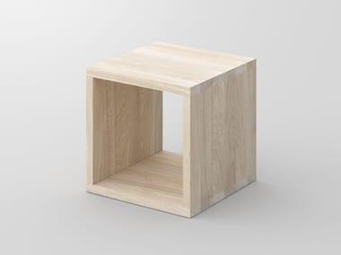 Tavolino basso quadrato in legno massello con portariviste MENA | Tavolino quadrato