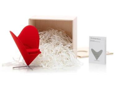 Fabric miniature MINIATURES HEART-SHAPED CONE CHAIR