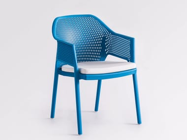 Stackable technopolymer garden chair with integrated cushion MINUSH RELAX