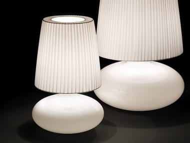 Opal glass table lamp MUF 01