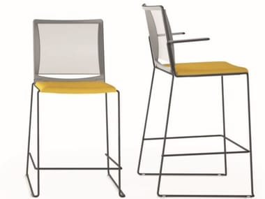 High stool with integrated cushion Multi Mesh SG