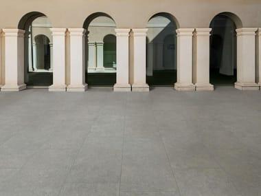 Pavimento per esterni in gres porcellanato effetto pietra MYSTONE MOON 20 | Grey