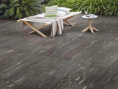 Pavimento per esterni in gres porcellanato effetto pietra MYSTONE PIETRA DI VALS 20 | Antracite