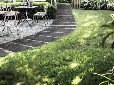 Pavimento per esterni in gres porcellanato effetto pietra MYSTONE QUARZITE 20 | Black
