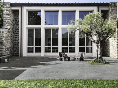 Pavimento per esterni in gres porcellanato effetto pietra MYSTONE QUARZITE 20 | Platinum
