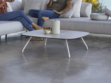 Square garden side table NANSA | Square coffee table