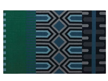 Rectangular wool rug with geometric shapes NDEBELE GREEN