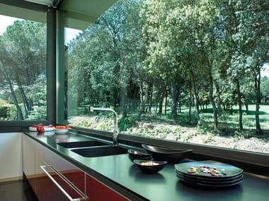 Silestone® kitchen worktop NEGRO TEBAS