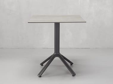 Square contract table NEMO   Square table