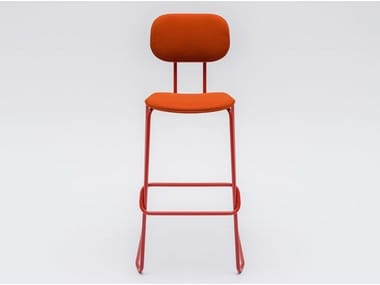 High sled base fabric stool with footrest NEW SCHOOL | Fabric stool