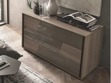 Oak chest of drawers with integrated handles KROSS   Oak chest of drawers