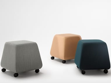 Fabric office stool with castors SOL-DASH