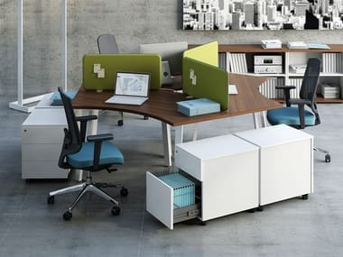 Multiple office workstation with sound absorbing screens OGI_A | Office workstation