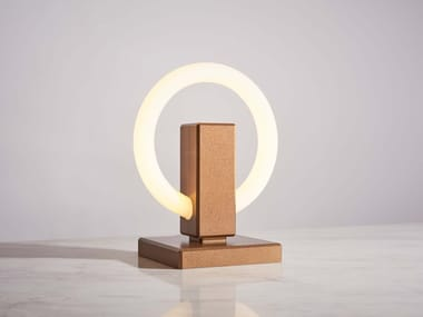 Aluminium table lamp OLAH | Table lamp