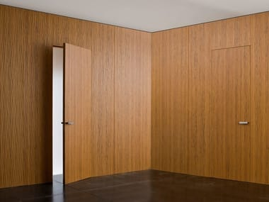 Hinged flush-fitting door with concealed hinges RL07 | Hinged door