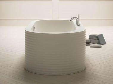 Vasca da bagno centro stanza ovale in Kcryl ONEWEEK