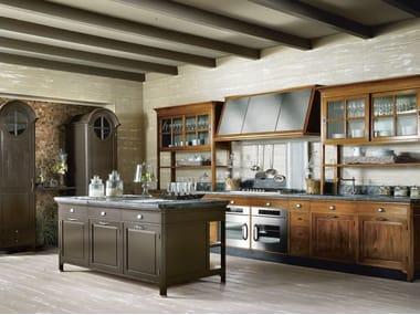 Cucina componibile in legno massello con isola OPERÀ - COMPOSIZIONE 02