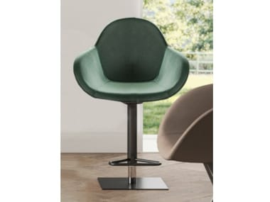 Upholstered height-adjustable stool with back OSCAR