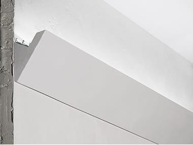 Wall-mounted plaster linear lighting profile P7