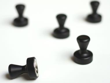 Metal magnet PAWN BLACK