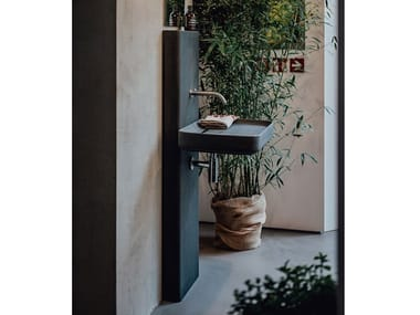 Rectangular pedestal cement washbasin PETRA | Pedestal washbasin