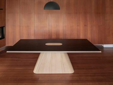 Tavolo rettangolare in legno PEDRA | Tavolo
