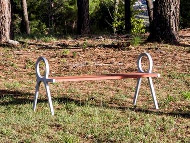 Panchina in legno con braccioli senza schienale PERISPHERE | Panchina senza schienale
