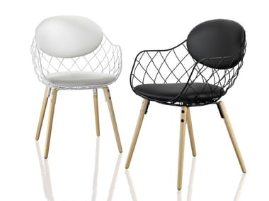 Steel and wood chair with armrests PIÑA | Chair with armrests