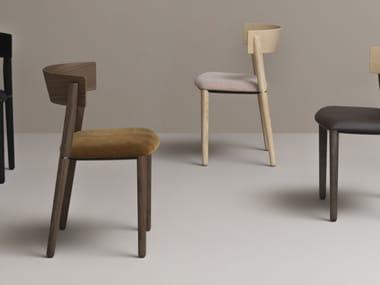 Sedia con seduta imbottita in tessuto PIPE | CONTRACT | Sedia in tessuto
