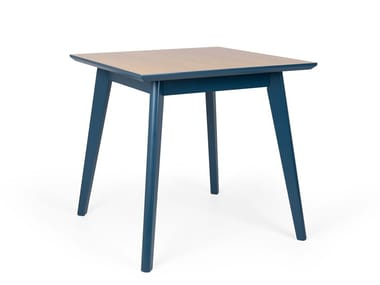 Square wooden dining table PIXIE QUAD