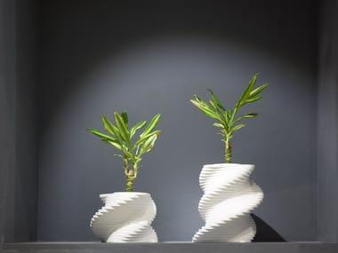Solid Surface vase PLECTRUM | Solid Surface vase