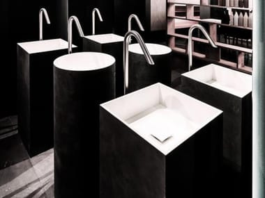 Freestanding single cement washbasin PLINT