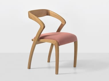Oak chair with armrests POLY | Oak chair