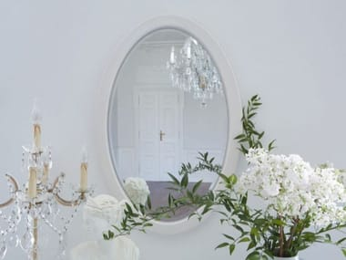Oval framed wall-mounted wooden mirror PRINCESS | Oval mirror